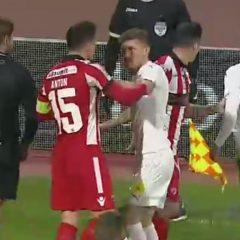 VIDEO: Și-au spus cuvinte grele! Clinci jenant între bistrițenii Sănmărtean și Anton, adversari în Liga 1!