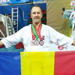 Karate: Dragoș Sângeorzan, triplu medaliat la un campionat mondial!