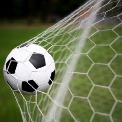 Fotbal și handbal: Gloria, meciuri grele în deplasare!
