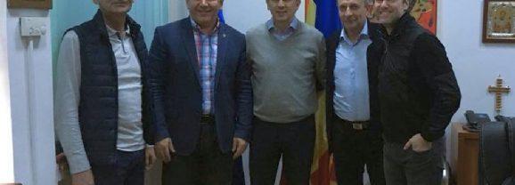 Hopaaa…! Nu mai e așa de sigur că trimitem 4 voturi spre Burleanu! Lupescu s-a întâlnit cu Radu Moldovan!