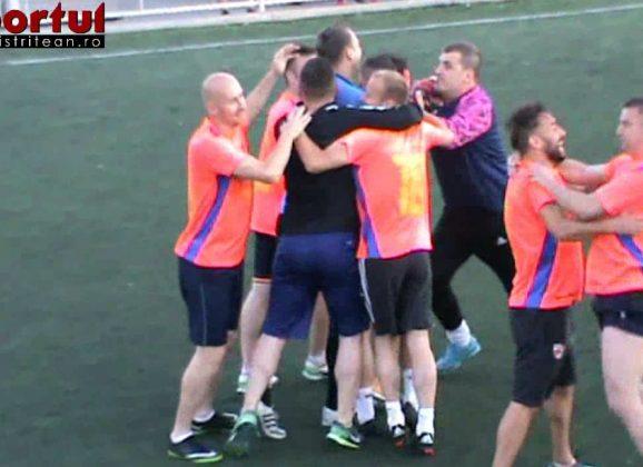 Sintetic, Liga 1: Victorie în ultima secundă! Ce goluri! Vezi rezumatul derby-ului Extratereștrii – Puf de păpădie!