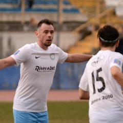 Fotbal, Liga a treia: Gloria scoate un punct la Mediaș: 0-0