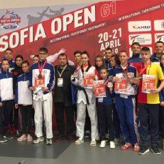 Taekwondo: ILYO Bistrița, 3 medalii la un concurs tare în Bulgaria