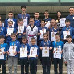 """Taekwondo: """"Reprezentăm județul cu mândrie!"""" CS ILYO, 23 de medalii la naționale, locul 1 la general!"""