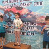 Înot: Șerban Radu și Lorena Otvoș, remarcații Clubului Sportiv Tibi într-un concurs dificil la Târgu Mureș!
