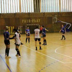 """Handbal: Gloria pierde la Brăila, dar mai speră la bronz! Pașca: """"Păcat! Dacă băteam, în ultima etapă vedeam meciul din galerie!"""