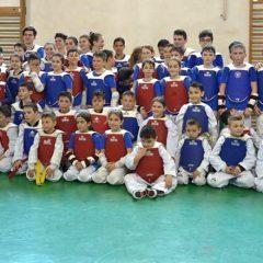 Și de rugă, și de fugă! Sportivii de la CS Ilyo, rezultate bune și la școală!