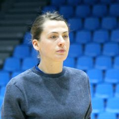 Handbal: Bezele doar pe facebook! În realitate, Măzăreanu pleacă tristă de la Bistrița!