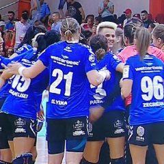 Handbal: Victorie la Rapid! Ce bine le stă în albastru!