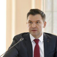 """Ministrul Stroe insistă pentru redeschiderea tuturor bazelor sportive: """"Avem și posibilitatea legală să o facem!"""""""