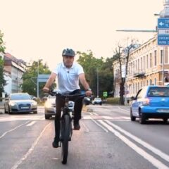 """Ioan Turc, mesaj de pe bicicletă: """"Vom amenaja, cu adevărat, zeci de km de piste pentru biciclete"""""""