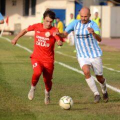 Fotbal, Liga a treia: Derby pentru locul 2! Gloria, improvizată în apărare!