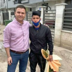 Flori pentru Monica Csengheri! Deputatul Daniel Suciu a căutat-o în București și a felicitat-o personal!