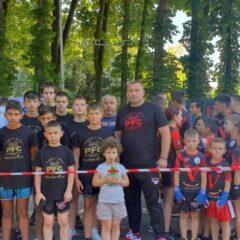 Budokai K1: Sportivii de la PFG Bistrița, 8 medalii la Cupa României! Ionel Burduhos, 50 de meciuri arbitrate!