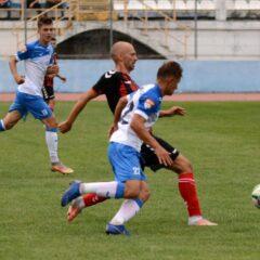 """Fotbal: """"Bătrânii"""" au rezolvat meciul! Gloria, 1-0 cu Viitorul Cluj!"""