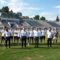 """Bogdan Ivan: """"Consiliul Județean salvează fotbalul bistrițean! Primăria Bistrița s-a jucat doar cu vorbele! Hai, Gloria!"""
